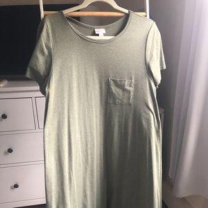 Small LuLaRoe Carly dress, heather green